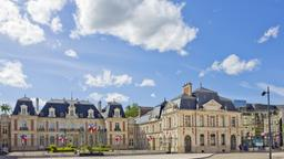 Hotels near Biard airport