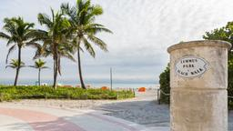 Miami Beach hotels near Lummus Park